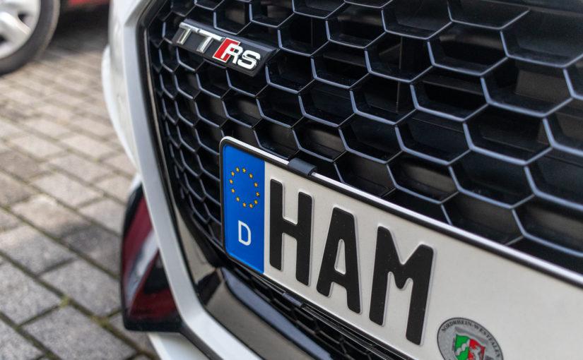 Test: twist 'n' fix Kennzeichenhalter V2 für Audi TT RS (8S)